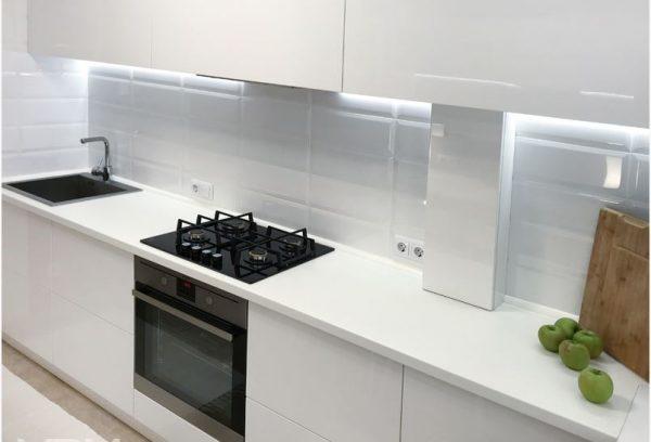 Кухня Белая Пластик