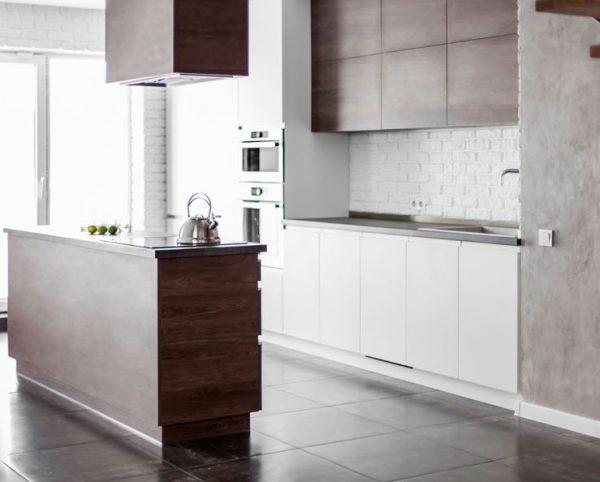 Кухня с островом Пластик+ЛДСП